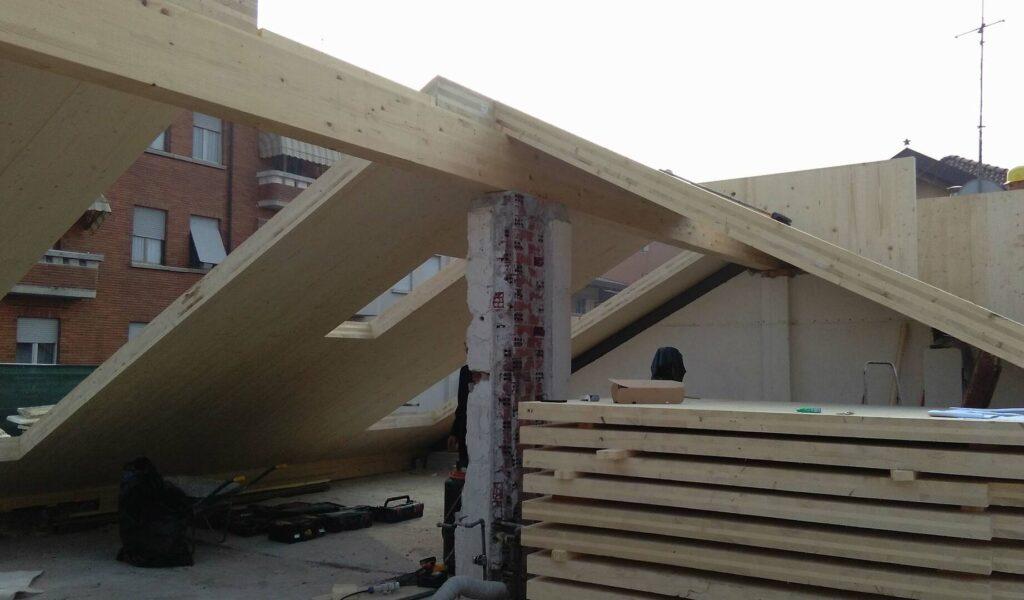 mga4studio-mauro-bellora-giuliana-morisano-architetti-ampliamento-sottotetto-casa-legno-x-lam-efficienza-energtetica-classe-a-torino_00009