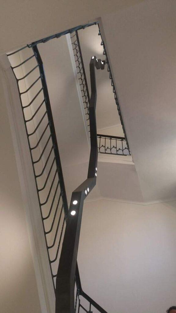 Il fulmine. Sistema di illuminazione dello scalone sud-est di Palazzo D'Oria